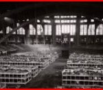 Westfalenhalle - un dortoir de 3000 lits en novembre 1940 (photo CICR V P HIST 01573 02 public)